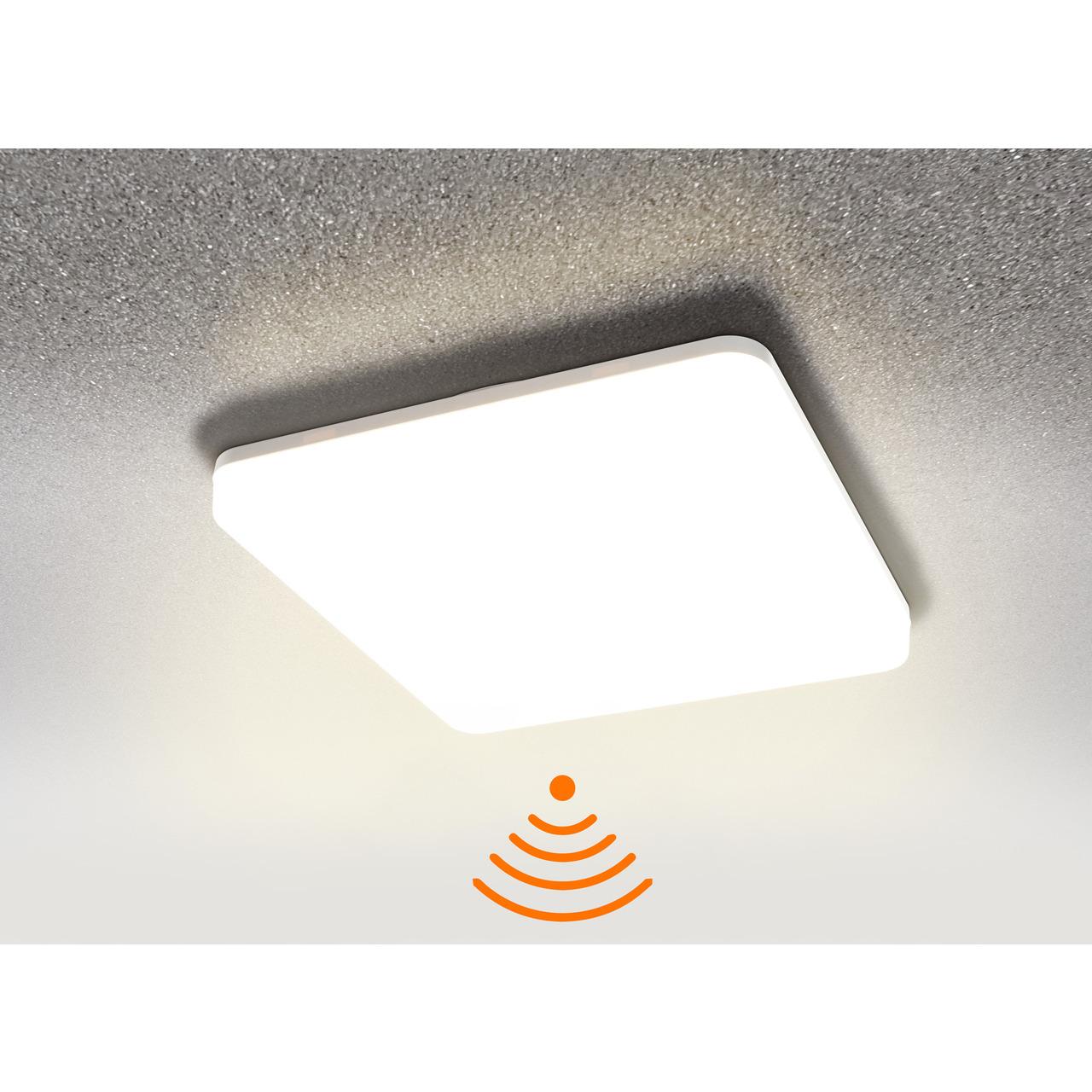 HEITRONIC 24-W-Sensor-LED-Wand-Deckenleuchte Pronto mit HF-Bewegungsmelder- eckig- warmweiss- IP54