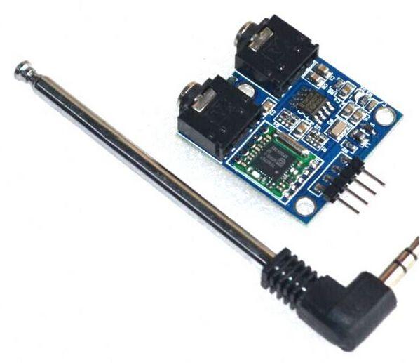 TEA5767 Radio-Modul mit Anschlussplatine und Antenne